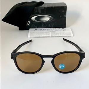 59d23e8cd6 Oakley Accessories - Oakley Latch OO9265-07 Matte Black  Polarized